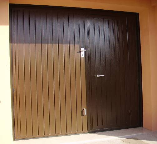 Portoni garage, basculanti a Verona, Ferrara, Padova e Rovigo