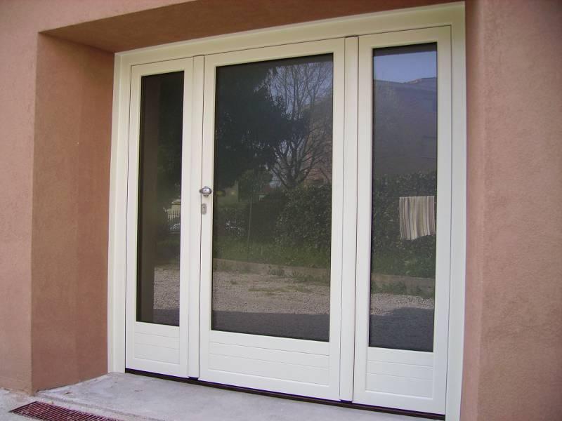 Serramenti in pvc in legno e in alluminio a venezia - Un antica finestra a tre aperture ...